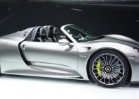 Porsche 918 engine technology