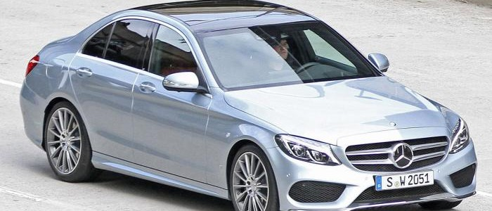 New Mercedes-Benz C-Class ... a scaled-down S-Class