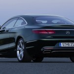S-Class Coupe ... LED lights wrap around the rear