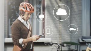 155707_World_first_technology_by_Volvo_and_POC_connects_cycle_helmets_with_cars