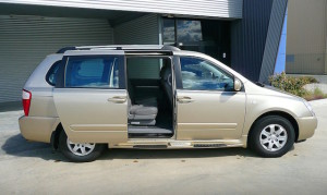 A 2008 Kia Carnival before being modified