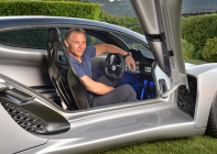 Divergent-Microfactories-CEO-Kevin-Czinger-with-his-Blade-prototype-3D-printed-car-image-courtesy-of-Divergent-Microfactories