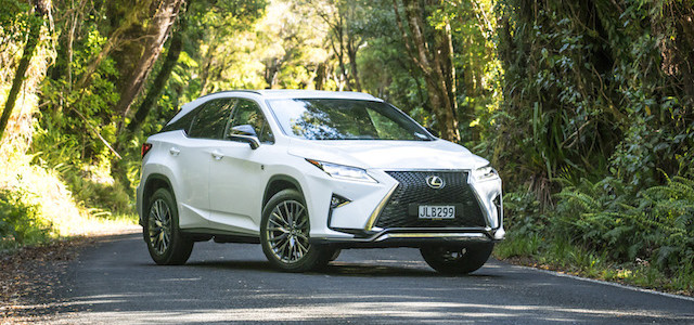 IMAGE - RX 350 F Sport, front three-quarter parked in forest setting