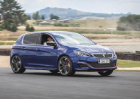 Low Res Peugeot 308 GT and GTi by Peugeot Sport-243 copy