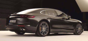 2017-porsche-panamera-leaked-photos-1-1