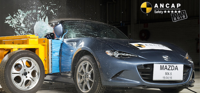 PHOTO - Mazda MX-5 (2016-onwards) side impact copy
