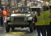 Jeep-Wrangler-75th-Annivesary-salute-concept-at-the-plant