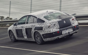 161026_holden-commodore_camo-vehicle-rear_low-res