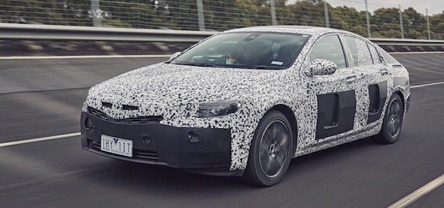161026_holden-commodore_camo-vehicle_low-res-1