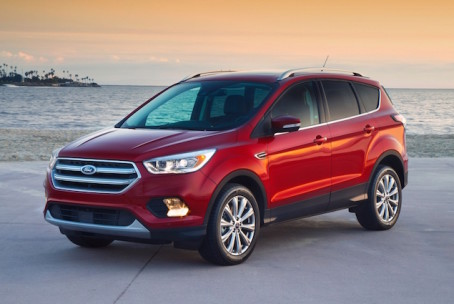2017-ford-escape-left-front-angle