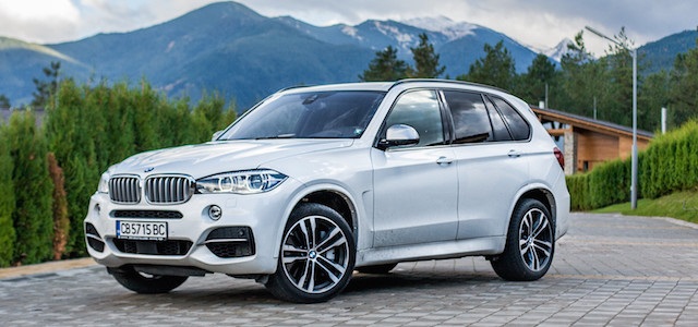 p90239365_highres_bmw-x5-xdrive-m50d-1