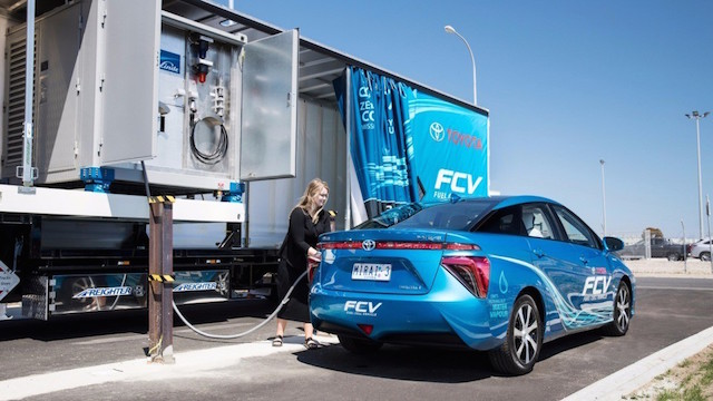 The Toyota Mirai and its mobile hydrogen refuelling station on the move around Australia