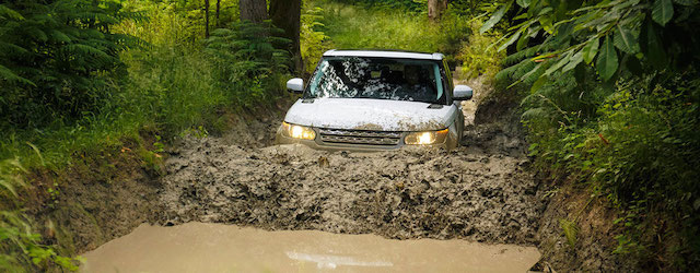 Land-Rover-Header-v2