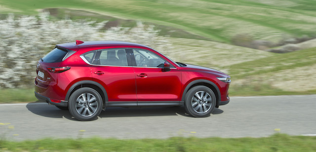 New_CX-5_Action_28
