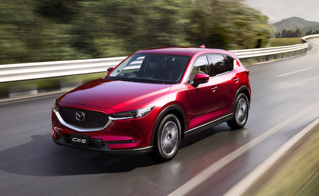 New_CX-5_FrontQuarter
