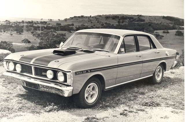 ford-falcon-gt-ho-894