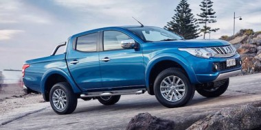 Mitsubishi Triton ... share and share alike
