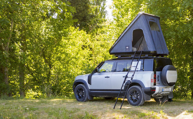 LAND-ROVER-AND-AUTOHOME-CREATE-RUGGED-ROOF-TENT-FOR-NEW-DEFENDER-6